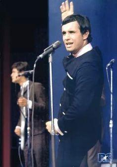 Roberto Carlos. 1965. Os cantores do Brasil.