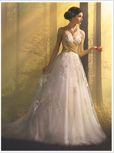 2016 Alfred Angelo Snow White fairy tale-inspired gown.