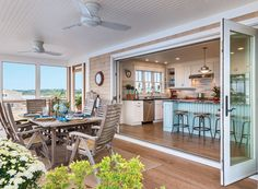 although, may not be doable in Washington. House of Turquoise: Caldwell and Johnson (screened porch decorating sun room) House Of Turquoise, Beach House Kitchens, Home Kitchens, Screened Porch Decorating, Johnson House, Sweet Home, Dream Beach Houses, Beach House Decor, Home Decor