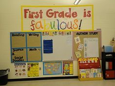 """Love the four blocks board.  She posts """"I Can"""" statements...ie learning targets for the quarter.  GREAT IDEA!"""