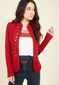 Need a pinch? Wearing this tailored, red blazer totally feels like a dream! Graced with a chic stand-up collar and rows of gold, military-inspired button accents, this knit layer is almost too cute to be true!