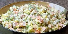 Ensaladilla rusa light/ Spanish Russian Salad with tuna Dutch Recipes, Hungarian Recipes, Greek Recipes, Homemade Potato Salads, Creamy Potato Salad, Imitation Crab Salad, Cold Dishes, How To Make Salad, No Cook Meals