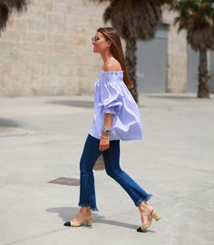 Chanel block heels fits perfectly with this season's must-have off the shoulder blouse Block Heels Outfit, Heels Outfits, Fashion Outfits, Womens Fashion, Fashion Clothes, Casual Outfits, Look Office, Looks Jeans, Mode Inspiration