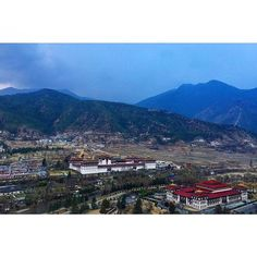 (Left)The Tashichho Dzong which is the administrative and monastic house of the capital Thimphu. (Right)The Parliament Building of Bhutan. Which houses a bicameral parliament consisting of the upper house(National council) and the lower house(National Assembly) #amazing_bhutan #bhutan #bhutanesearchitecture #architecture #architecturelovers #architecturestudent #architect #architectslife #architecturephoto #travel #travelingram #travelstagram #travelgram #travelwithus #travelbug #travelling…