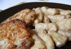 Fokhagymás karaj mustáros gnocchival Hungarian Recipes, Gnocchi, Cauliflower, Macaroni And Cheese, Bacon, Paleo, Pork, Food And Drink, Curry