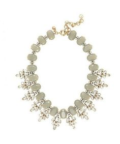 Resin Crystal Grey Wreath Choker Necklace