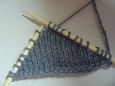 No Wrap, No Gap Short Row Heel Tutorial.great photo tutorial Good for socks Knitting Short Rows, Knitting Help, Knitting Stiches, Knitting Socks, Hand Knitting, Knit Socks, Techniques Couture, How To Purl Knit, Knit Or Crochet