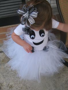 Toddler Girl Ghost Costume - LOVE This idea - for preschool costume when she's not going outside  R requested purple. Used purple shirt, tights, boots and black tutu. Added felt face with googly eyes. Hot glued felt on at first but had to sew after so it wouldn't fall off. She loved it and has worn again since Halloween. (2012  - age 3)