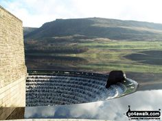 Walk Picture/View: Dovestone Reservoir in The Peak District, Greater Manchester, England by David Leak (1)