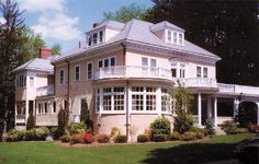 Charles Ponzi, who stole close to $10 million before being caught, lived in this stately stucco mansion in Lexington, Massachusetts for two years at the height of his criminal success