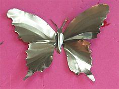 Pop art diy aluminum cans super Ideas Tin Can Flowers, Metal Flowers, Aluminum Can Flowers, Aluminum Can Crafts, Metal Crafts, Metal Projects, Craft Projects, Craft Ideas, Pop Can Art