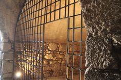 visita al Castillo de Santa Catalina en Jaén Cata, Castle Ruins, Fortaleza, Monuments, Castles, Tourism, Cities
