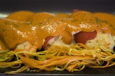 Para los amantes de los pimientos de piquillo os los presentamos rellenos de delicias de mar. Platos sin carne de la Espadaña.. www.restaurantespadana.es