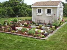 Love the shed with attached Potager garden: Our Favorite Outdoor Rooms From HGTV Fans Rustic Gardens, Outdoor Gardens, Cottage Gardens, Modern Gardens, Small Gardens, Fence Design, Garden Design, Landscape Design, Outdoor Rooms