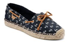 Look cool this summer with Sperry Top-Sider's Katama espadrilles, which come in trend-friendly seasonal hues with a mix of colorful. Nautical Outfits, Nautical Fashion, Nautical Style, Nautical Clothing, Cute Shoes, Me Too Shoes, Sperry Boat Shoes, Shoes Sandals, Shoes