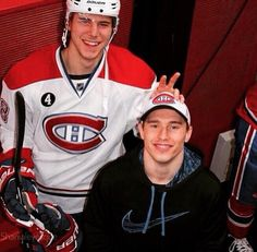Nathan Beaulieu and Brendan Gallagher Usa Hockey, Hockey Teams, Hockey Players, Hockey Stuff, Montreal Canadiens, Hockey Quotes, Skater Boys, Jonathan Toews, World Of Sports