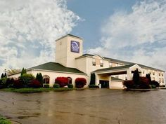 Bolivar (OH) Sleep Inn United States, North America Located in Bolivar, Sleep Inn is a perfect starting point from which to explore Bolivar (OH). Offering a variety of facilities and services, the hotel provides all you need for a good night's sleep. Facilities like facilities for disabled guests, Wi-Fi in public areas, car park, laundry service, elevator are readily available for you to enjoy. Comfortable guestrooms ensure a good night's sleep with some rooms featuring facili...