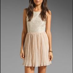 Lace cocktail dress Never worn super cute with plunge back Dresses Mini