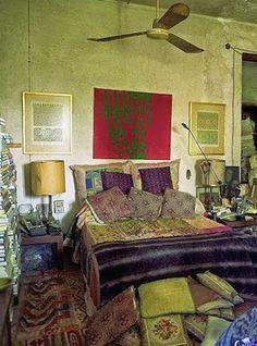 Simple funky home decor idea number 7743152404 for one simply cushy decor. Bohemian Interior, Bohemian Decor, Bohemian Bedrooms, Bohemian Homes, Funky Home Decor, Eclectic Decor, Gypsy Living, Deco Addict, Rustic Bathrooms