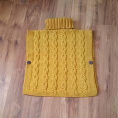 Ravelry: Poncho Robyn pattern by Muki Crafts