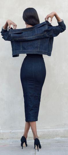 Street style: H&m Zip Dark Denim Bodycon Dress women fashion outfit clothing style apparel closet ideas Looks Style, Looks Cool, Style Me, Denim Fashion, Look Fashion, Womens Fashion, Spring Fashion, Street Fashion, Denim Bodycon Dress