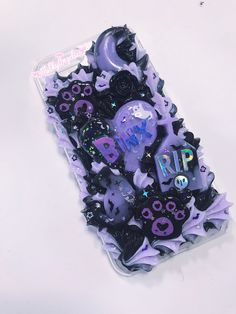 Kawaii Phone Case, Decoden Phone Case, Pink Phone Cases, Cute Phone Cases, Iphone Cases, Diy Arts And Crafts, Fun Crafts, Diy Resin Phone Case, Kawaii Diy