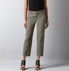 #LoftSummerGetaway Modern Cropped Pants. Perfect cut and color for a vacation (or in my summer life- teaching)