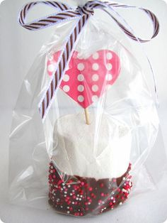marshmallow valentine treat.