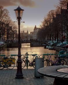 Amsterdam, Netherlands (by Mariano Espallargas)