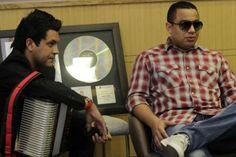 Felipe Pelaez y Manuel Julian – Sacan tiempo para la grabación del CD – http://vallenateando.net/2012/07/02/felipe-pelaez-y-manuel-julian-sacan-tiempo-para-la-grabacion-del-cd-noticias-vallenato/ - Noticias Vallenato !
