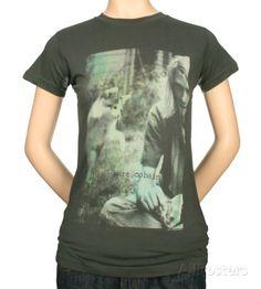Juniors: Kurt Cobain - Sepia Photo Shirts - AllPosters.co.uk