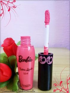 Coleção Barbie: Batom cremoso, gloss e batom líquido mate