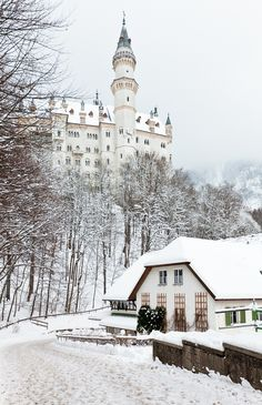 Neuschwanstein Castle in Germany during a snowy winter. Looks amazing, right?