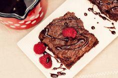 Ryžový brownie s orechami a goji