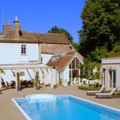 Ewelme Manor - Large Holiday Home with Pool - The Big Cottage Company 11 july yes gastro pub nearby 16- 18 people, 8 acres gardens. gloucester near bristol! Bit far away? £3120  2 night s 18 people £173