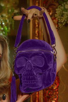 Skull Fashion, Dark Fashion, Purple Fashion, Indie Fashion, Death Becomes Her, Unique Backpacks, Halloween Queen, Clutch Wallet, Fashion Backpack
