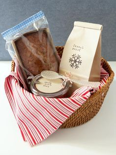DIY BREAKFAST GIFT BASKET (I like these because they are fun and unique!)