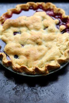 Gluten-free Peach and Blueberry Pie