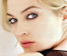 Sophia Myles (uncredited image on http://doctorwhotv.co.uk/myles-return-would-be-inappropriate-32168.htm#)      My inspiration for Trish Muffet.