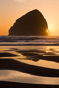 haystack rock, cape kiwanda #oregon coast #sunset #reflections