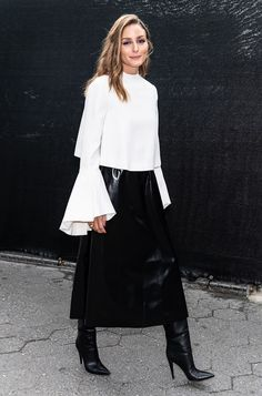 Olivia Palermo Pictures and Photos - Getty Images Look Olivia Palermo, Olivia Palermo Outfit, Estilo Olivia Palermo, Olivia Palermo Lookbook, Olivia Palermo Winter Style, Milan Fashion Weeks, London Fashion, Stockholm Street Style, Paris Street
