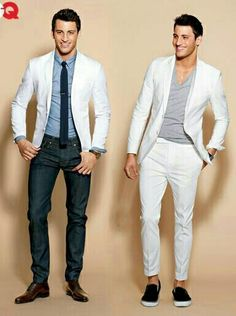 Best White Suits for Men Wear it whole, or break it up for a stylish casual look! Mens White Suit, White Suits, Mens Suits, Sharp Dressed Man, Well Dressed Men, Outfits In Weiss, Fashion Moda, Mens Fashion, Fashion Shoes