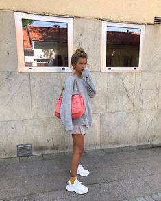 Pink and gray outfit Casual Outfits, Cute Outfits, Fashion Outfits, Womens Fashion, Fashion Fashion, Korean Fashion, Fashion Tips, Mode Style, Style Me