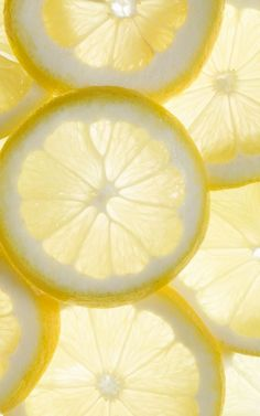 our citrus fragrances can be described as energetic, bright, vibrant, fresh, zesty + tangy. give 'em a whiff.