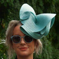 Fascinators, Headpieces, Ascot, Wedding Hairstyles, Hair Styles, Fashion, Medium Wedding Hairstyles, Moda, Headdress