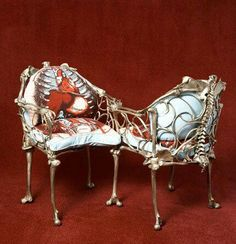 Skeleton courting chair