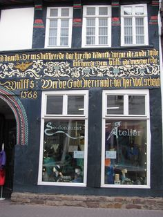 Seiden-Kunst-Atelier  37671 Höxter  Westerbachstraße 10 05271 33412 www.Seiden-Kunst-Atelier.de