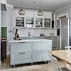 Portable Kitchen Island, Kitchen Storage, Island Bench, News Space, Kitchen Interior, Home Kitchens, Home Improvement, Ikea, New Homes