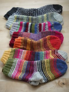 Crochet Woman, Knitting Socks, Mittens, Charity, Wool Hats, Scarfs, Cloths, Pattern, Blog
