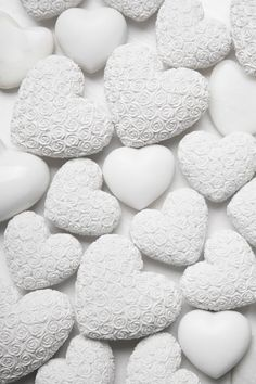 White Wallpaper For Iphone, Flower Phone Wallpaper, Heart Wallpaper, Black And White Photo Wall, White Picture, Shabby Chic Hearts, Shabby Chic Style, Black And White Aesthetic, Aesthetic Colors